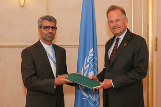 NEW PERMANENT REPRESENTATIVE OF IRAN PRESENTS CREDENTIALS TO THE DIRECTOR-GENERAL OF THE UNITED NATIONS OFFICE AT GENEVA