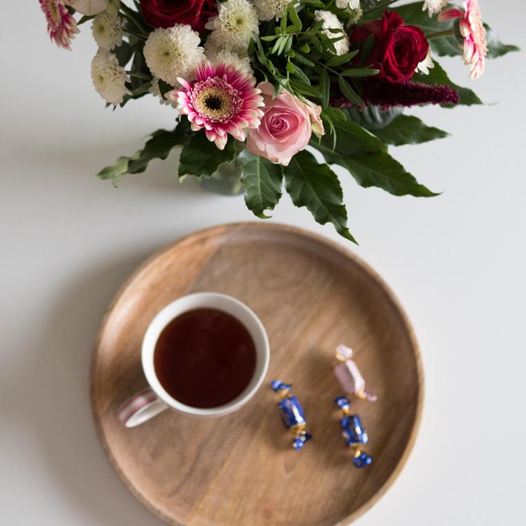 tee ja kukkaset