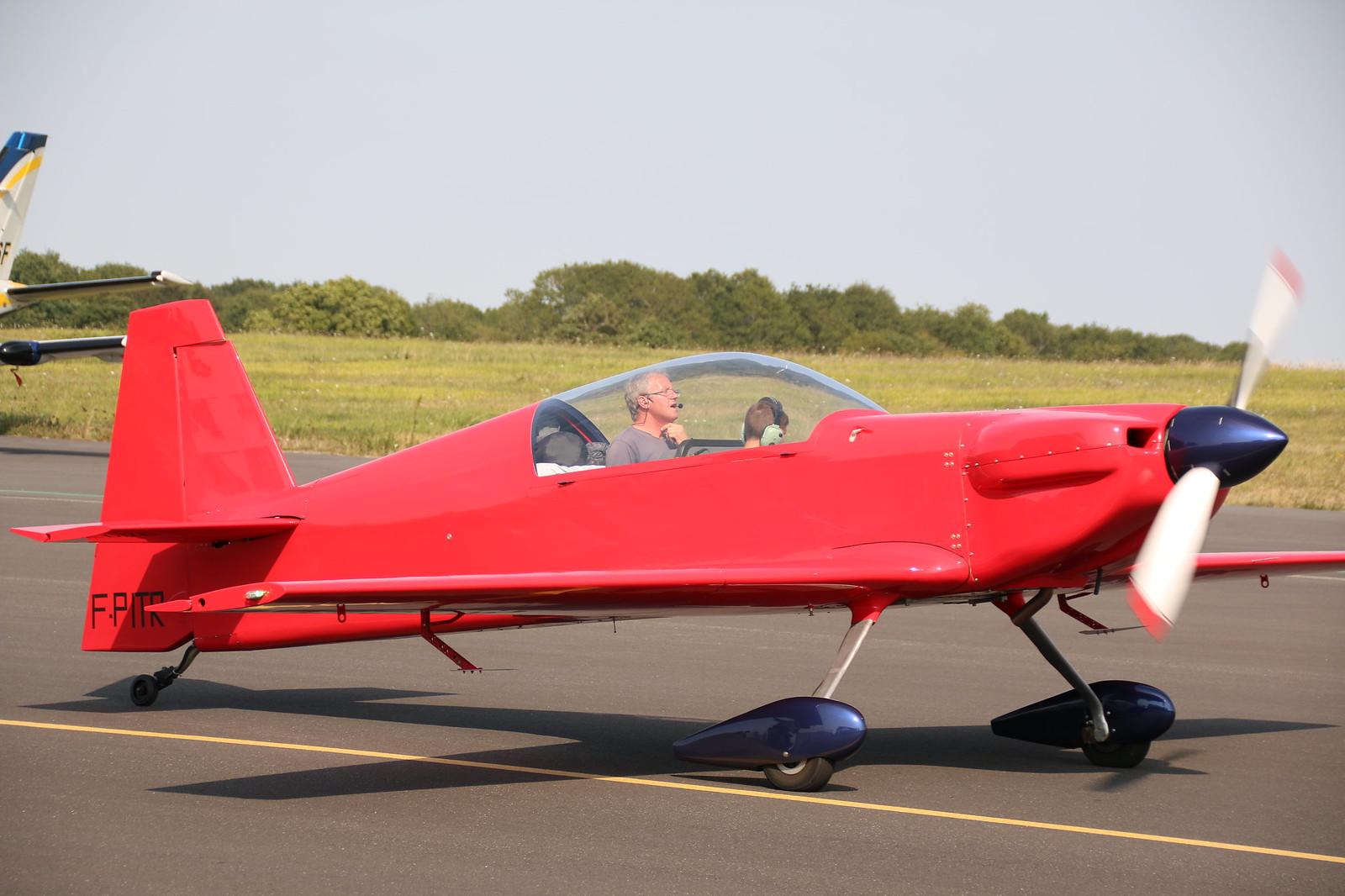 Aérodrome de La Baule Escoublac - Page 4 29224021657_522e3de6e5_h