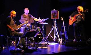 Circle Trio Turi