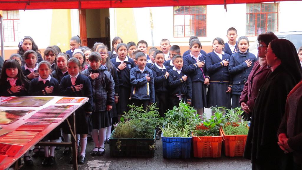 """Arranca la campaña """"Un árbol, mil hojas"""" de la Prefectura del Carchi"""