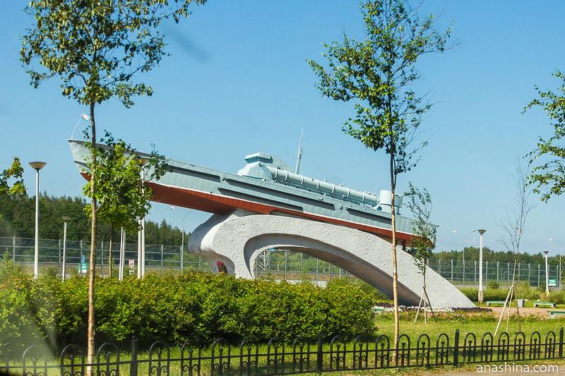 Памятник морякам-катерникам Балтики, Кронштадт
