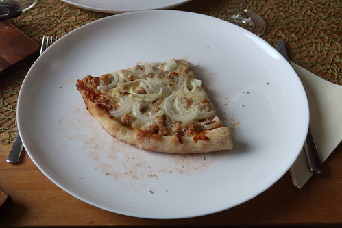 Pizza Tonno (mein Viertel)