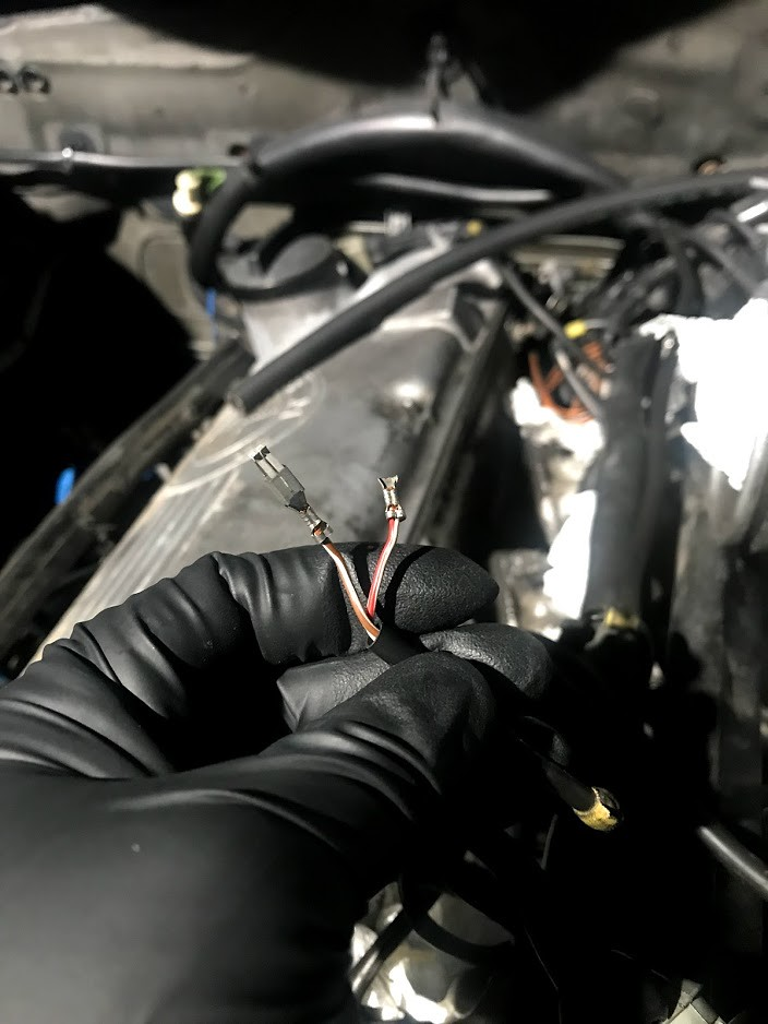 Fuel Injector connector Removal and replacement • MyE28 com