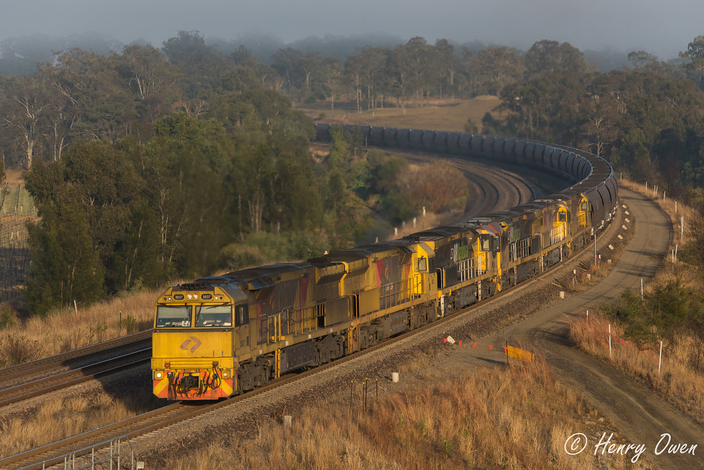 Aurizon 6 by Henry Owen