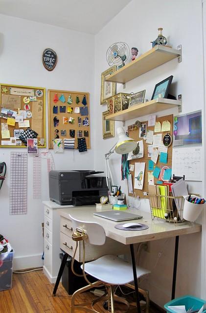 2018 Studio - desk