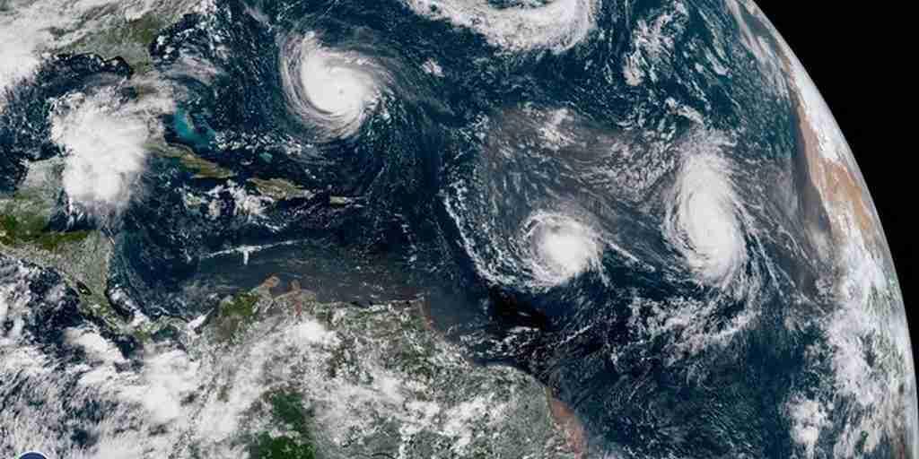 Florence n'est pas seule : 4 puissantes tempêtes vues de l'espace