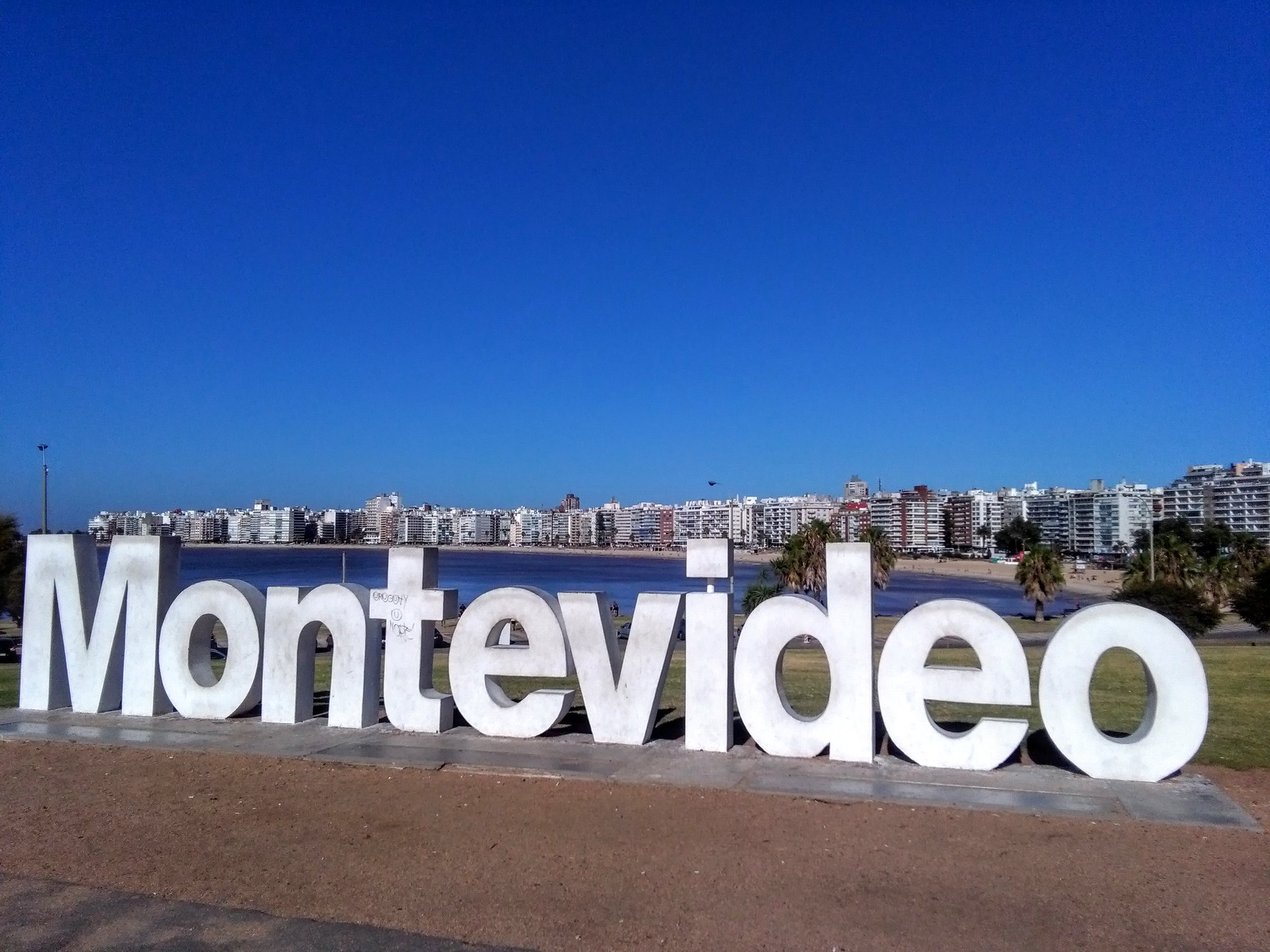 The Montevideo sign