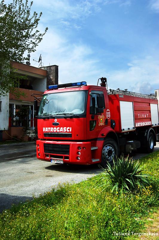 Машина пожарной службы Тивата