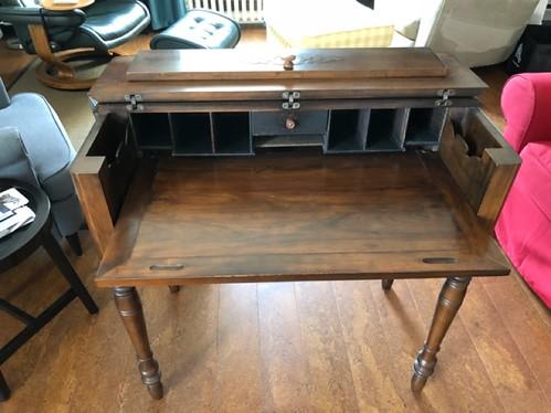 Carleton Place - New desk