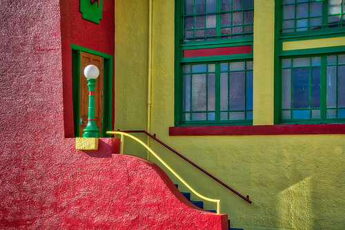 arizona bisbee californiacolonial spanishcolonia tombstonecanyon architecture buildings closeup colorful detail fenestration horizontal landscape miningarchitecture miningtown oldwest stucco windows