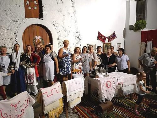 Ο Σύλλογος Γυναικών Αρναίας συμμετείχε στην γιορτή πίτας στη Κρήτη