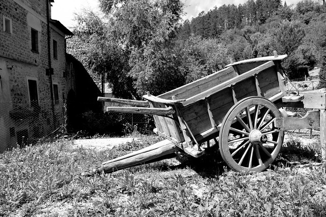 Rasiglia- vecchio carretto