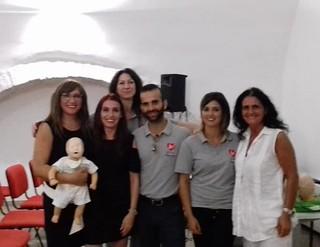 Celeste De Lucci (a sinistra) con i soci dell'associazione Re-Heart
