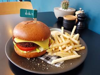 Dicki's Classic Burger at Dicki's