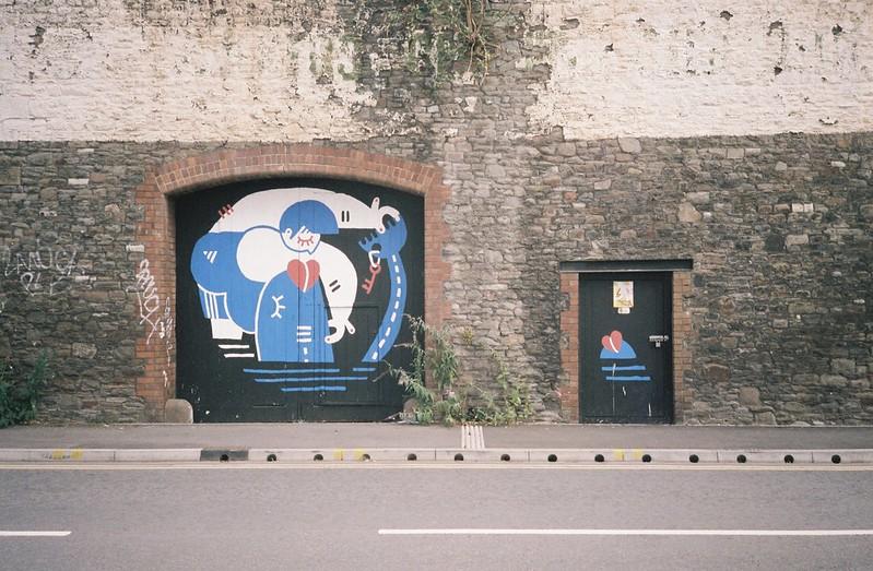 Graff opposite the Feeder
