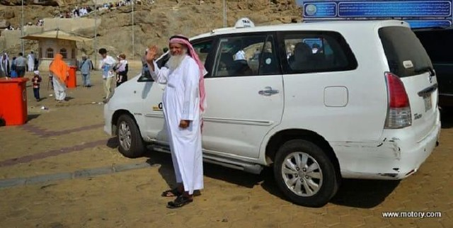3057 Saudis would be able to drive their private cars as Taxis 01