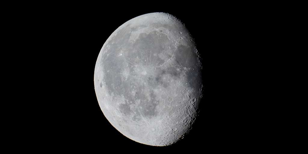 Des chercheurs trouvent des preuves définitives d'eau sur la Lune