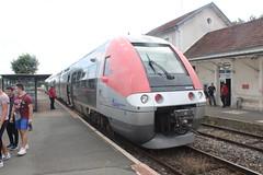 FRa0331 - Photo of Diennes-Aubigny