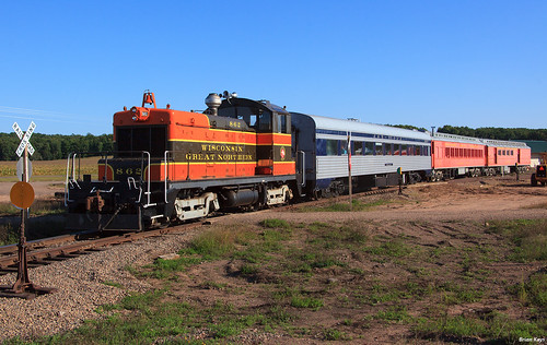 WGN 862 with LNRR 3003 -