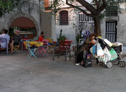 16j15 Turismo y pobreza de masas en Barcelona