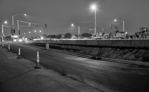 intersection night pentax2470f28edsdm road blackandwhite carlights 230818 pentaxlenses lindale transportation time iowa groundvehicles car cy365 365challenge 3652018 cedarrapids locations 365the2018edition pentax monochrome august linncounty photography camera technicalphotography day235365 unitedstates pentaxk1 bulldozer equipment us