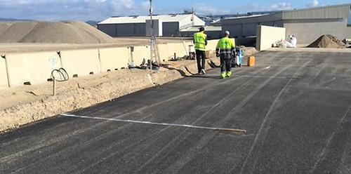 Albepav desarrolla un nuevo pavimento a partir de vidrio reciclado que combate el calentamiento urbano