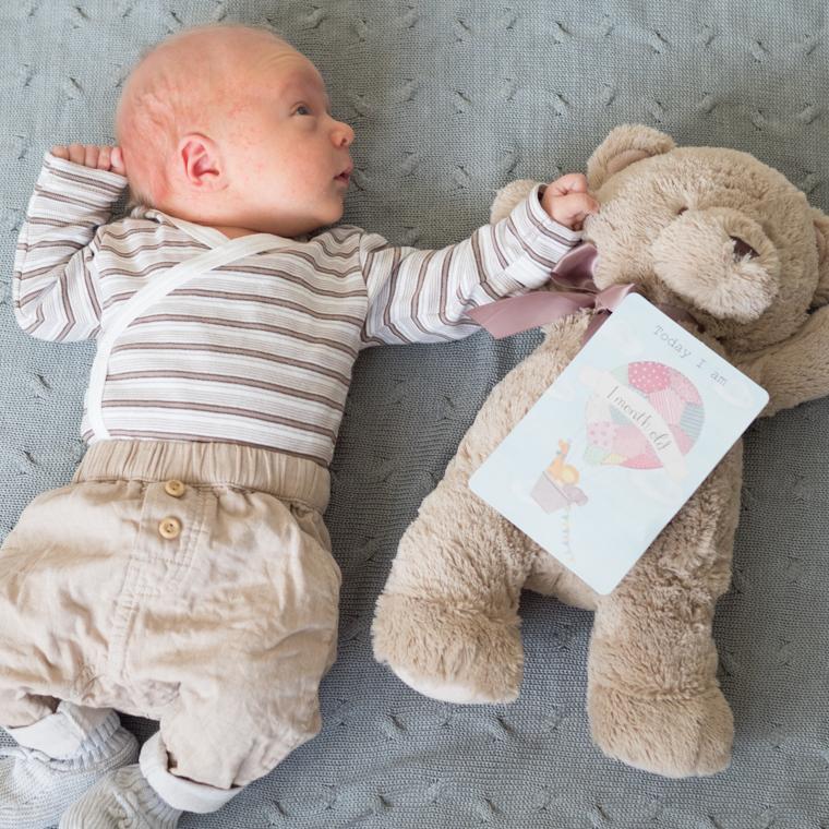 kuukauden ikäinen 2