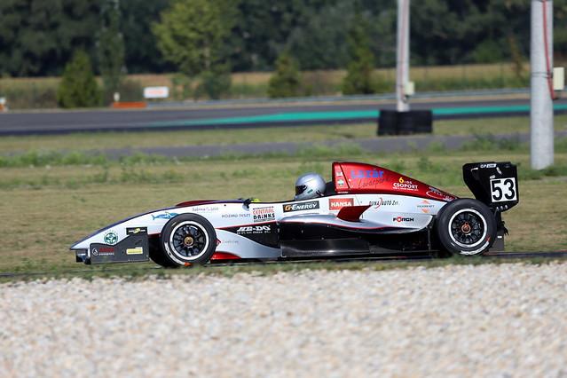 Gender_Racing01_2018