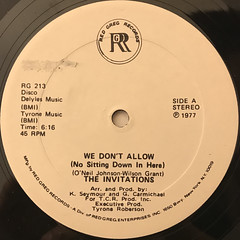 THE INVITATIONS:WE DON'T ALLOW(NO SITTING DOWN IN HERE)(LABEL SIDE-A)