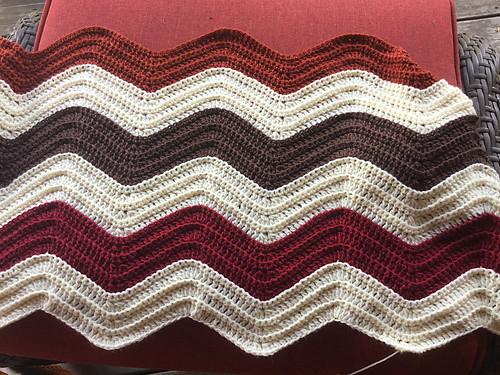 Debbie (debsnub)'s crocheted afghan