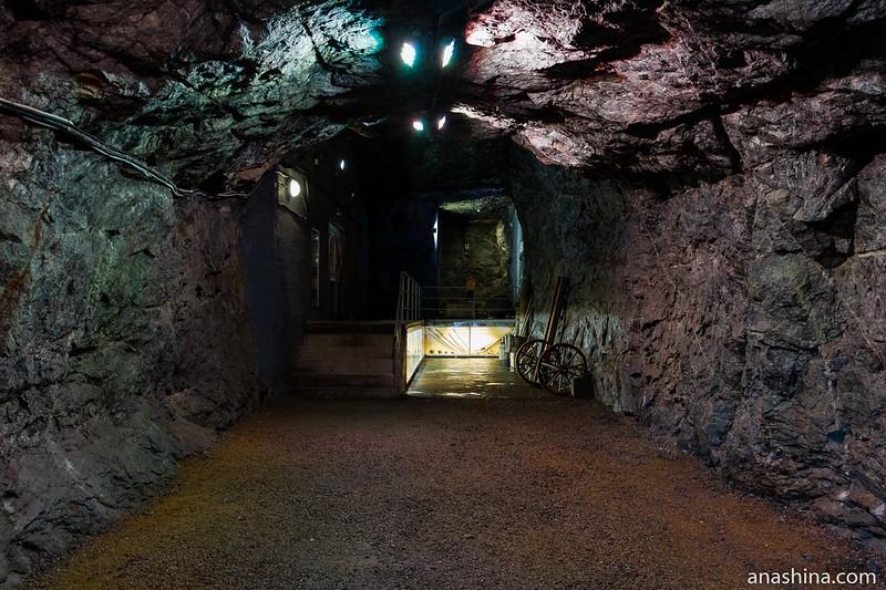 Галерея и второй выход, Гора Филина, Хуухканмяки, Лахденпохья