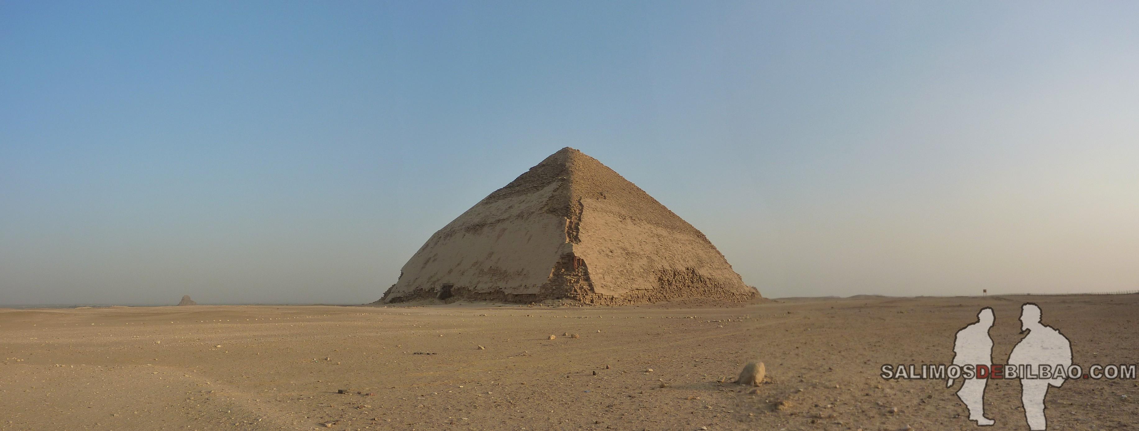 0243. Pano, Pirámide inclinada de Saqqara