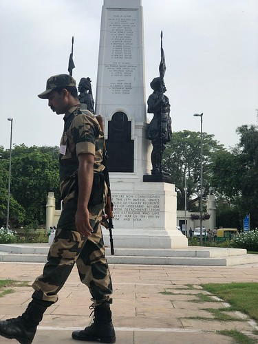 City Monument - Three Unbreathing Soldiers, Teen Murti Traffic Circle