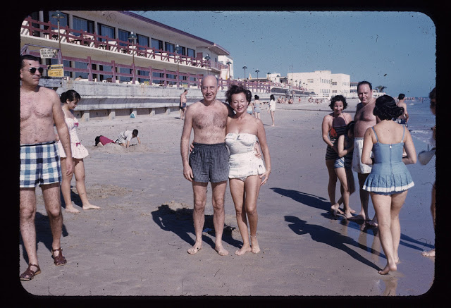 Everyday Life at Beaches in Florida during the 1950s (54)