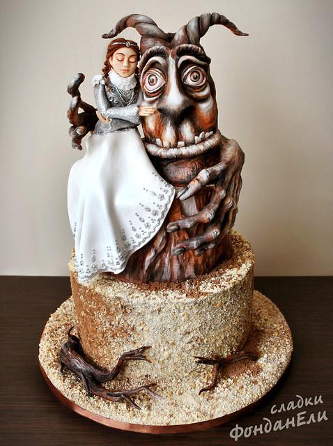 Beauty and the Beast Cake by Elisaveta Nikova of Сладки Фонданели / FondanEli