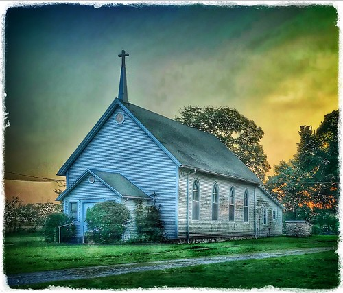 august evening dusk sunset vespers countrychurch church elwoodmissouri missouri
