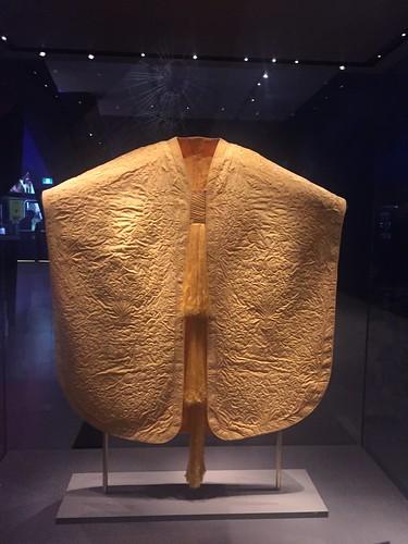the world's largest spider silk garment