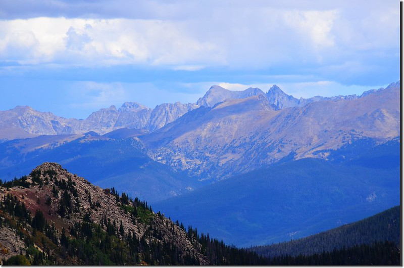 Looking northeast at Rocky Mountains & Indian Peaks from Vasquez Peak's west saddle (1)