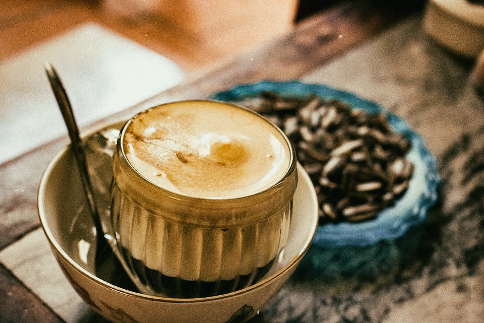 egg-coffee-Hanoi-vietnamese-coffee-Outlanderly