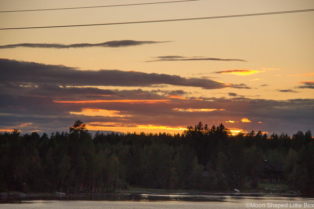 Auringonlasku, pohjois-karjala, syyskuun auringonlasku, ilta, taivas