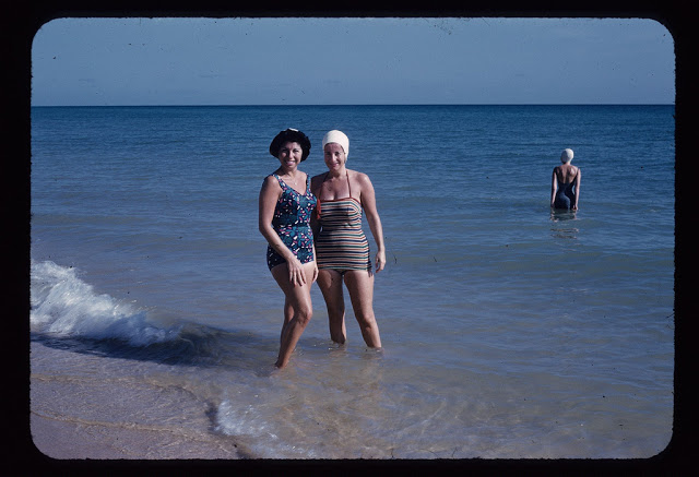 Everyday Life at Beaches in Florida during the 1950s (52)