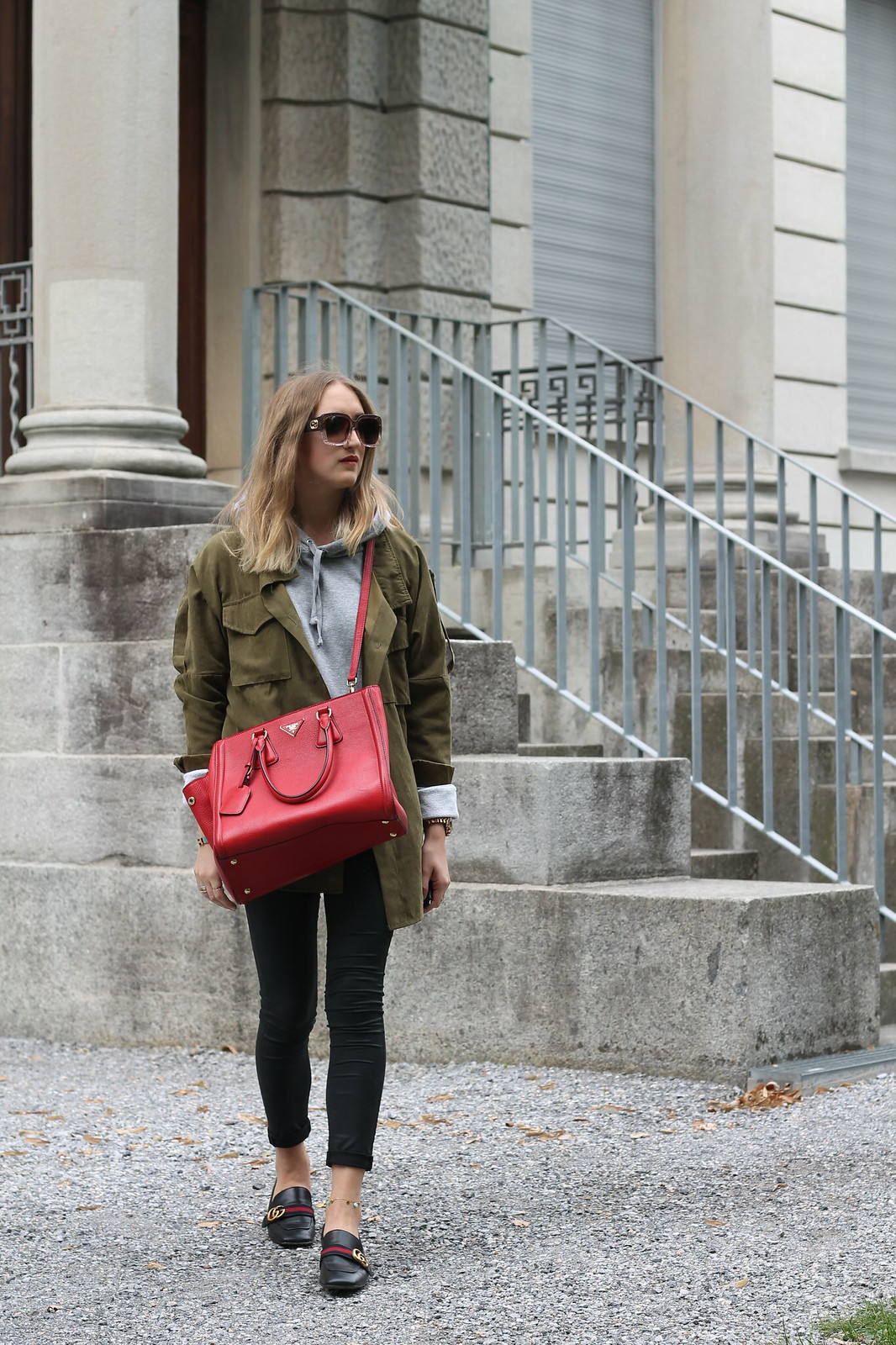 parka-and-prada-bag-walk-whole-outfit-wiebkembg