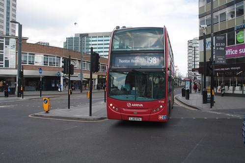 Arriva London T142 LJ10HTU