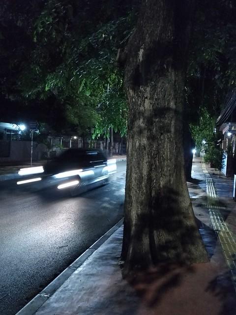 Jalan-jalan Malam di Jakarta Foto Asli