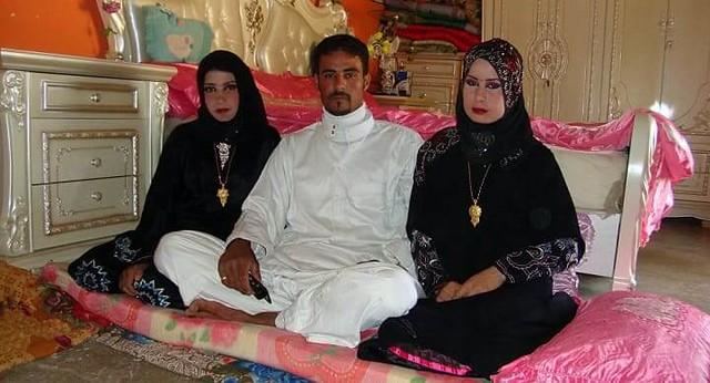 1473 Nouf Al-Amoudi A Female Saudi Student who encourages Polygamy Practice 03