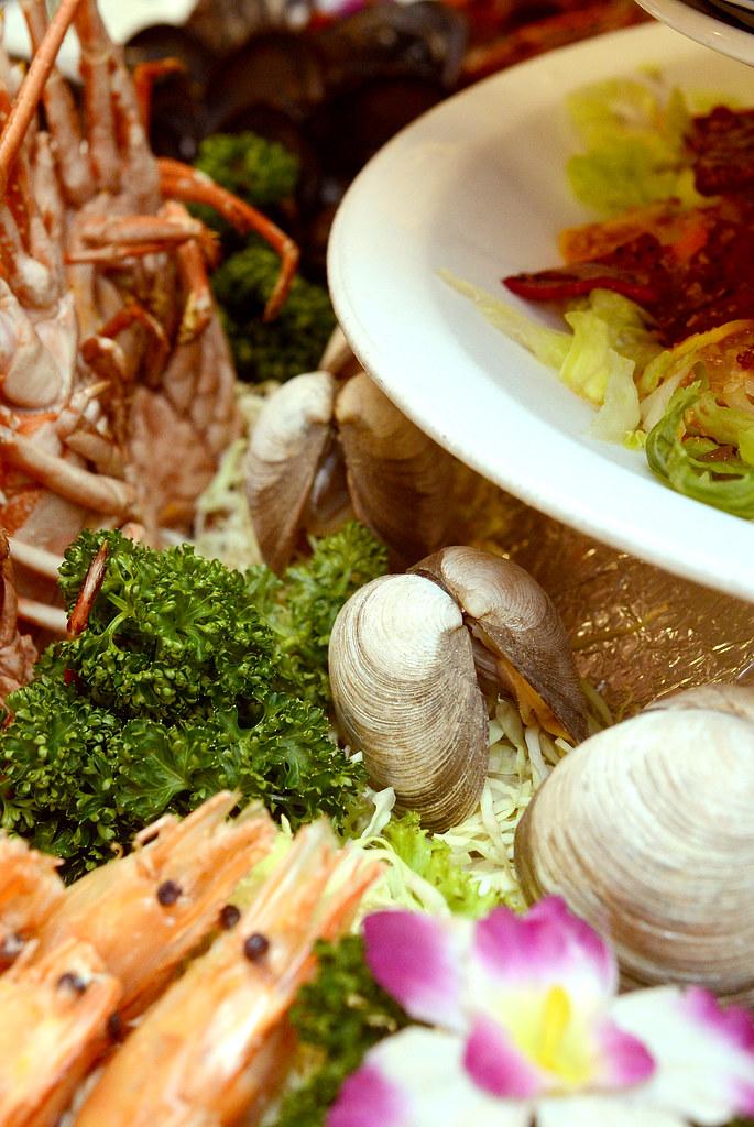 八里痛風餐 吃香喝辣熱炒海鮮店