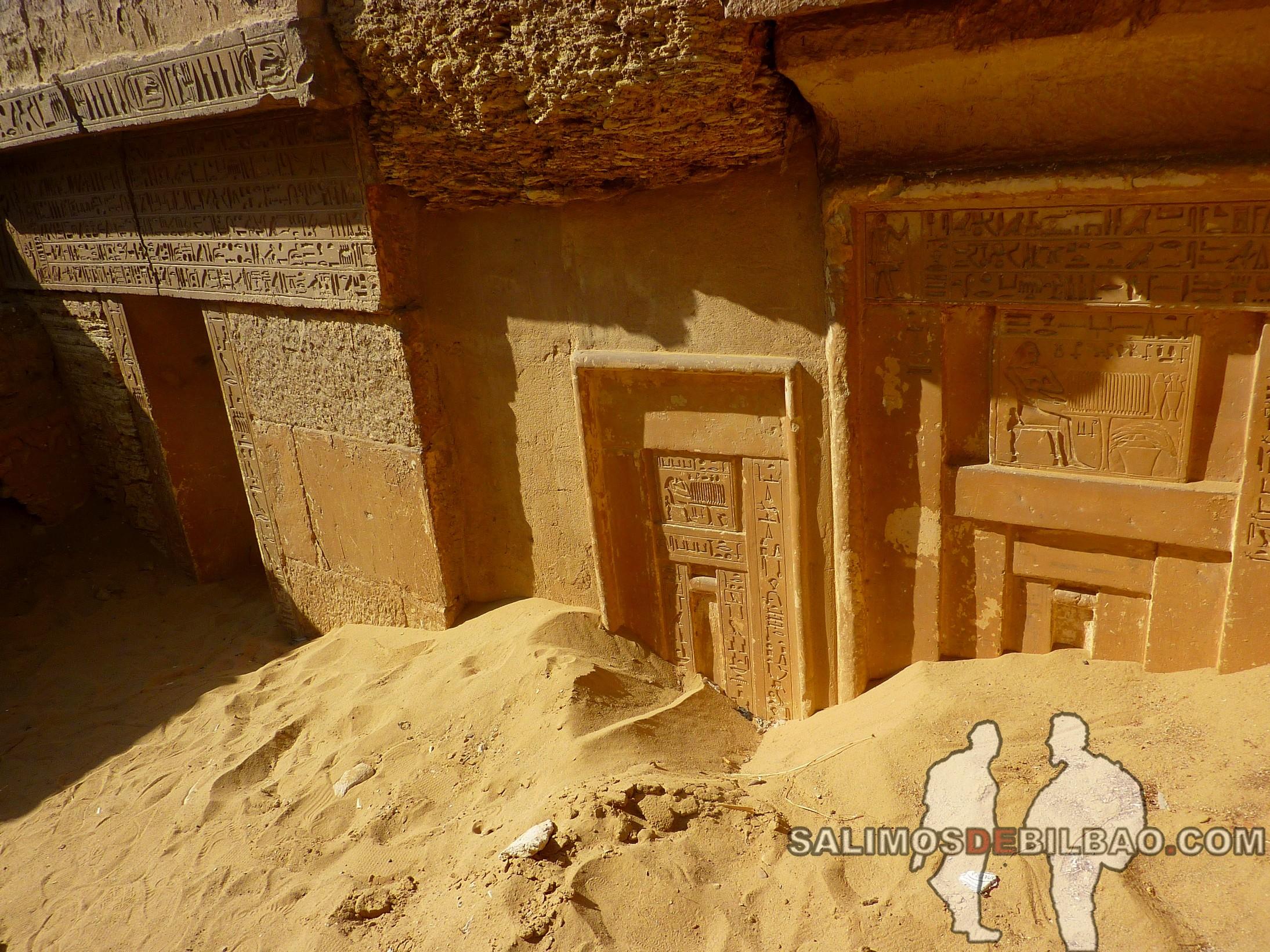 0339. Tumbas en el Complejo de la Pirámide escalonada de Zoser, Saqqara