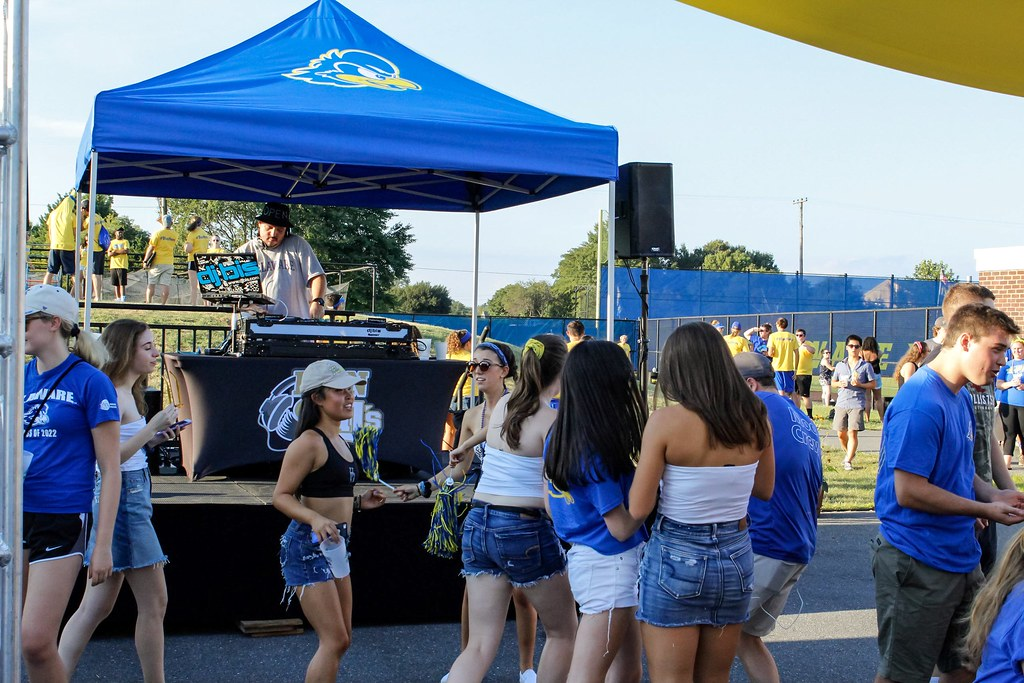 To tailgate or not to tailgate: a look inside student traditions