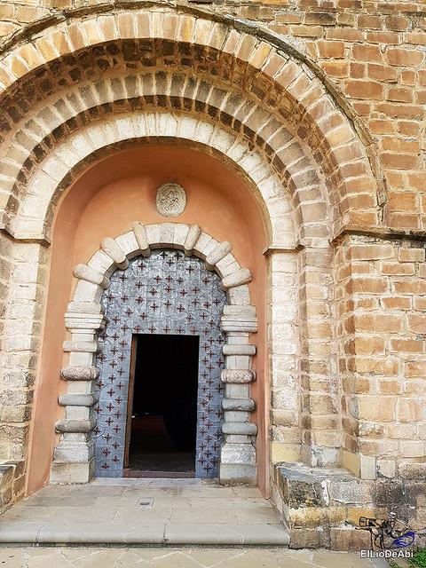 Monasterio de San Pedro de Siresa, un joya en el valle de Hecho (2)